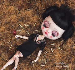 Off duty Betty 🍷 (pure_embers) Tags: pure embers blythe doll dolls laura england uk custom cocomicchi nurse betty embersnursebetty takara neo syringe girl photography pinup goth fetish character tattoos off duty sleeping