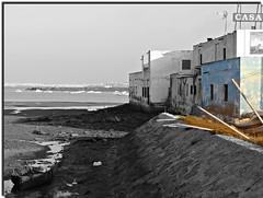 La Titi (Manuisla) Tags: latiti gallineras comida pescado sendero manuisla camarón barcos agua sal laisla sanfernando cádiz fotografía bn azul luz sony dsch3