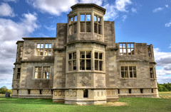 Lyveden New Bield, Northamptonshire (Baz Richardson (away until early October)) Tags: northamptonshire lyvedennewbield sirthomastresham historicarchitecture tudorarchitecture oldbuildings ruins nationaltrust