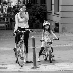 waiting for the green light (every pixel counts) Tags: 2018 berlin bicycle people street prenzlauerberg capital everypixelcounts blackandwhite city kid child woman bw germany helmet europa eu