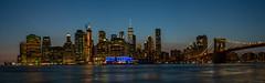 New York - Manhatten - Skyline (cmfritz) Tags: amerika manhattenskyline newyork usa nacht night panorama langzeitbelichtung longtimeexposure finance district brooklyn bridge
