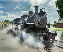 Steamy Summer (Chancy Rendezvous) Tags: chancyrendezvous davelawler blurgasm steam train locomotive connecticut railroad valleyrailroad railway american essex americanlocomotivecompany engine 40 clouds