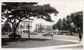 Palace Square Honolulu 1930s