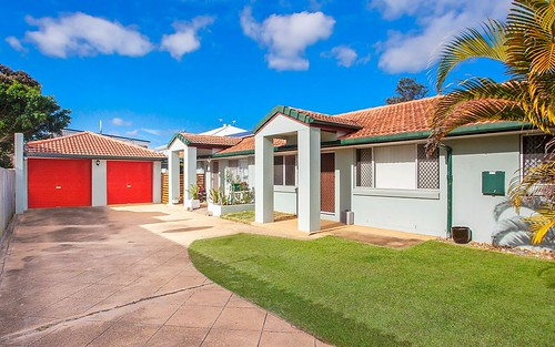 115 Elizabeth Bay Drive, Lake Munmorah NSW
