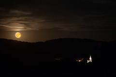 Moonrise at Pionsat, France (Sybolt Engelsma / www.fieldsofdepth.com) Tags: syboltengelsma canoneos5dmarkiii canonef70200mmf28lisiiusm kerk pionsat moon maan frankrijk france