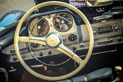 (Rhia.photos) Tags: oldtimer car classic mercedesbenz mercedesbenz190sl mercedes 190sl automobile auto image photography photograph photo angle perspective colours colors light vehicle detail roadster cabrio cabriolet happysliderssunday sliderssunday hss