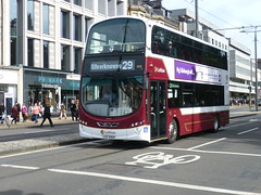 Lothian 1019 on Princes Street, Edinburgh (calderwoodroy) Tags: eclipsegemini2 wrightbus b9tl volvo lxz5404 1019 service29 edinburghtransport transportforedinburgh lothianbuses doubledecker bus princesstreet edinburgh scotland