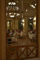 Südbahnhotel Semmering (anuwintschalek) Tags: nikond7200 18140vr austria niederösterreich semmering südbahnhotel dinner suvi sommer summer august 2018 interiour peegel spiegel mirror spiegelung reflection peegeldus