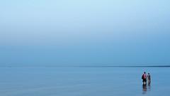 Юрмала | штиль (©Andrey) Tags: jurmala dzintari summer outdoor landscape seaside water gulf people blue sky colour warm evening latvija lettonie sea a7rii юрмала залив штиль море латвия вечер вода небо дзинтари sel55f18z sonnartfe1855 explore explored