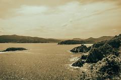 Equilibrio ... (ninestad) Tags: mar islas costas nubes agua sal galicia lugo acantilados españa espuma cielo