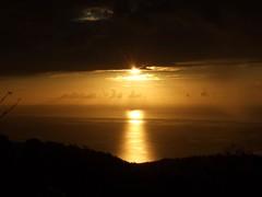 13/04/2K9 la mer Caraïbes vu de Morne des Cadets (Martinique) (Dust.....) Tags: martinique caraibe outremer dom 972 paysages paysage lumiere nuage nuages photodepaysage landscape paisaje