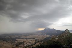 Se acerca la tormenta (victoria@) Tags: nikond5100 naturaleza rioja navarra lapoblacion elleondormido senderismo campos montes tormenta