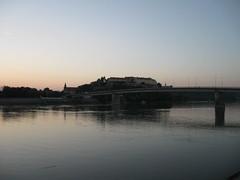 Novi Sad City Centre - Dawn by the River (Neotalax) Tags: novisad ujvidek neusatz vajdasag vojvodina serbia srbija szerbia dunav donau duna danube zora hajnal dawn fortress var peterwardein petrovaradin petervarad tvrdjava