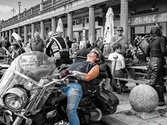 Explored!  After the 'Burn Up' (Nanooki) Tags: ©suelambertlrpscpagb acecafereunion 2018 brighton londontobrighton streetscene streetphotography people colourburst mono ohmycod bike biker burnup londontobrightonburnup tornjeans leathers leather gauntlets laidback laid back explored inexplore madeiradrive 33