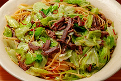 pasta-with-homemade-corned-beef-and-cabbage_160918 (kazua0213) Tags: foveon sigma quattro cuisine pasta