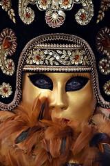 venetian masks portraits - 8 (fotomänni) Tags: masken masks venezianischerkarneval venezianisch venetiancarnival venetian venezianischemasken venetianmasks venezianischemesseludwigsburg portraits portrait portraitfotografie manfredweis