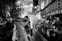 Mizukake festival in Tokyo - 3 (Bernard Languillier) Tags: japan tokyo shinagawa d5 水かけ祭 東京