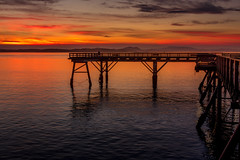 Sunrise pier walk (kellypettit) Tags: