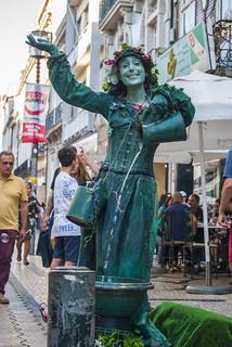A estátua dançante (The dancing statue)