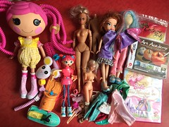 Flea Market Finds : 08-05-2018 (Part 4) (MyMonsterHighWorld) Tags: lalaloopsy crumbs sugar cookie silly hair mga entertainment doll meygan bratz hollywood style whats her face dendi star demo girl shopping sweet betty spaghetty zoe polly pocket barbie 3 musketeers dvd art academy nintendo ds