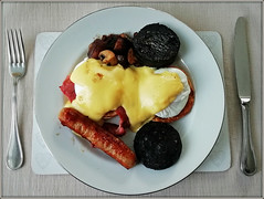 Eggs Benedict (Jason 87030) Tags: eggs benedict poached bun muffin mushrooms sausage fat fried fry blackpudding food meal breakfast bed manser iow isleofwight holiday start sauce nice plate snap hollandaise bacon serving portion knife fork cuttlery table brekky eat ate