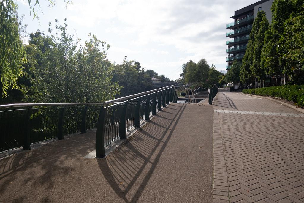 A WALK ALONG THE ROYAL CANAL [THE CRESCENT PARK AREA NEAR ASHTOWN]-143999