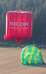 20180915-081733-Longleat (Neil D. Brant) Tags: balloonsafari2018 cameronballoons cameronsscube105hab gcjil grcoh lighterthanair location longleat manufacturer meadbm90hab meadballoons nonairport operator ricoh sponsor unitedkingdom warminster wiltshire england gb