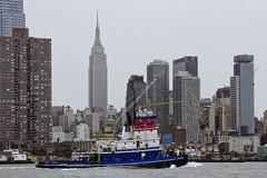 r_180909262_beat0075_a (Mitch Waxman) Tags: 2018greatnorthrivertugboatrace hudsonriver manhattan tugboat workingharborcommittee newyork