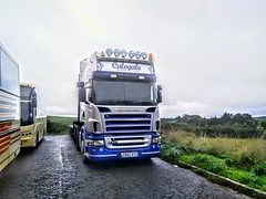 Calogale Scania (Woolfie Hills) Tags: scania low loader colagale carmarthen