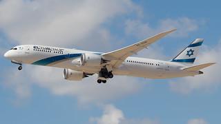 TLV - El Al Boeing 787-9 4X-EDB