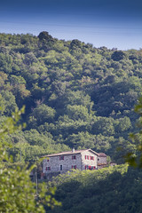 Ardèche 2018 (PeterWdeK) Tags: ardeche ardèche france frankrijk 2018 7d canon holiday huis hill wood bos