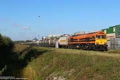 RRF 561-04 - Hoek 18-09-2018. (NovioSites) Tags: rrf 41600 hoek bertschi terneuzen intermodal loc locomotive rail trein train 56104 class66 emd netherlands holland