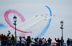 Airbourne 2018 (Splat Photo) Tags: red arrows eastbourne airbourne airshow show sony sel70300g pier