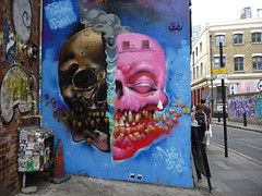 London 2018 (bella.m) Tags: graffiti streetart urbanart london shoreditch greatbritain art skull