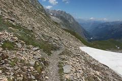 c'est parti pour la descente (bulbocode909) Tags: valais suisse valferret montagnes nature sentiers névé neige paysages nuages vert bleu petitcolferret