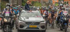 Boels Womens Tour-23 (stevefge (away travelling)) Tags: 2018 bicycles bikes ladies nijmegen cycling race women street unsuspectingprotagonists candid cars motorcycles helmet wheel jury road endurance nederland netherlands nl nederlandvandaag gelderland reflectyourworld