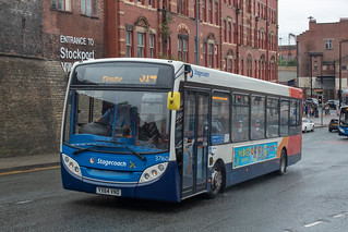 Stagecoach YX64VND