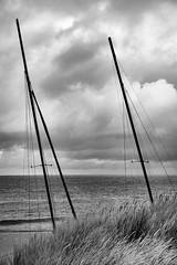 behind the Dune (MAICN) Tags: 2018 meer kühlungsborn water mono sw clouds sky schiff bw ship ostsee monochrome himmel wasser schwarzweis ocean balticsea boat einfarbig blackwhite wolken seascape