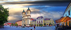 Eger city centre (Szemeredi Photos/ clevernails) Tags: hungary eger city centre square church building councilhall historic turist wine evening holiday romantic people fountain dog light sky sunset bluehorur panorama cloud history flower tree flag flickrunitedaward contactgroups