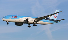 TUI Airlines Netherlands Boeing 787-8 Dreamliner (AMSfreak17) Tags: amsfreak17 danny de soet canon 70d ams eham amsterdam luchthaven schiphol airport vliegtuigen vliegtuig aircraft airplane jet jetphotos planespotting luchtvaart vertrek aankomst departure arrival spotter planes world of airplanes nederland the netherlands holland europe dutch platform landing approach runway 36l 18r polderbaan tui airlines boeing 7878 dreamliner 787 phtfm