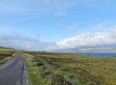 Lonely Road, Loch Eriboll, Sutherland, Aug 2018 (allanmaciver) Tags: loch eriboll sutherland north coast 500 road single track moor peat water blue sky clouds allanmaciver