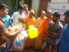"Kerala Flood Relief (5) <a style=""margin-left:10px; font-size:0.8em;"" href=""http://www.flickr.com/photos/47844184@N02/44251952631/"" target=""_blank"">@flickr</a>"