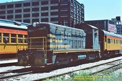 BO 9559, Philadelphia, PA. 5-14-1977 (jackdk) Tags: train railroad railway locomotive emd emdnw2 nw2 emdsw9 emdswitcher endcab switcher switcherlocomotive bo baltimoreandohio chessie chessiesystem chessiesteamspecial philadelphia philadelphiapa standardcab