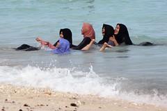 Que du bonheur... (GeckoZen) Tags: bali indonesia plage pantai pandawa voile bain