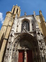 Dans les rues d'Aix [Explored Sept. 5, 2018] (Hélène_D) Tags: hélèned france provencealpescôtedazur paca provence bouchesdurhône aixenprovence aix eglise church cathédrale cathedral iknowwhereyouare