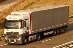 Mercedes Actros - Rosteka - LT (NeOwOmUph6) Tags: mercedes actros mercedesactros rosteka france camion truck