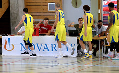 AW3Z3203_R.Varadi_R.Varadi (Robi33) Tags: action ball ballsports basketball birstalstarwings birsfelden duel fan matchchampionship regio game sports referee switzerland team viewers