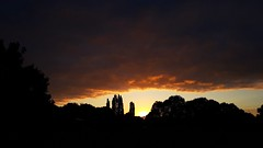 Mordor (Worcestershire UK) Tags: skyline sky clouds thegoldenhour sunrise mordor daybreak sun yellow