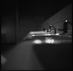 VoigtlanderSuperbHeliar-699-Bergger400-Rodinal-19min@22°-5 (photo:::makina) Tags: exportrollei bathroom sinks kanal museum bergger pancro 400 rodinal 19min 22°c voigtlander superb heliar 1934 probably best tlr camera ever made