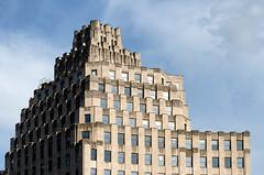 Indianapolis Art Deco Building (Bracus Triticum) Tags: indianapolis art deco building インディアナポリス indiana インディアナ州 unitedstates usa アメリカ合衆国 アメリカ 8月 八月 葉月 hachigatsu hazuki leafmonth 2018 平成30年 summer august